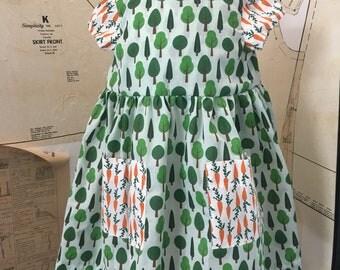Carrot pocket dress.