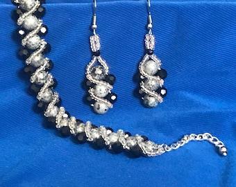 """Bracelet & Earrings """"Elegant night """" A65"""