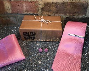 Pink Pattern Tie Set
