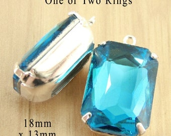 Aqua Blue Glass Beads - 18x13mm Octagon - Framed Glass Pendant or Earring Drops - 18mm x 13mm - Glass Gems or Cabochons - One Pair