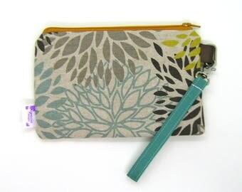 Clearance - Sale - Gift - Gracie Designs Wristlet - Mum Design