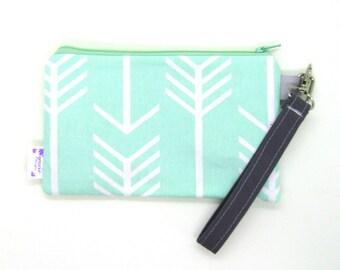 Clearance - Sale - Gift - Gracie Designs Wristlet arrows in mint