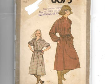 Simplicity Misses' Pullover Dress Pattern 8675