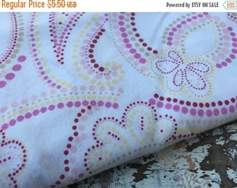 MEMORIAL DAY SALE- Modern Flower Paisley  Fabric-Reclaimed Bed Linen Fabric-Pink