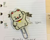 Lucky cat planner clip ~ maneki neko bookmark ~ planner accessories ~ white cat glitter paperclip ~ planner paperclip