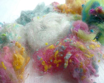 Fluff and Stuff - mixed fibres - pink - blue - fibers for spinning - art yarn - felting - wool nepps - slubs - firestar - linen - 20g G