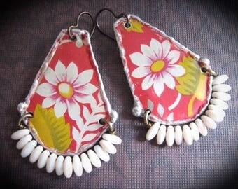 Tin Earrings.Daisy Earrings Bohemian Dangle Beaded Dangle Earrings. Woven Wire Earrings