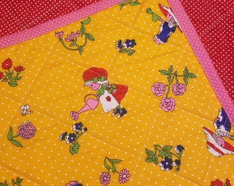 Wholecloth Baby Quilt rare vintage Strawberry Shortcake Holly Hobbie style - 30x40
