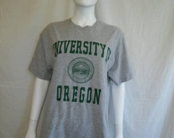 Closing Shop 40%off SALE University of Oregon t shirt