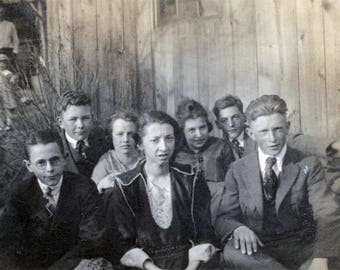 vintage photo 1920 Teenage Boys Girls Sit by Barn in Grass Fabulous