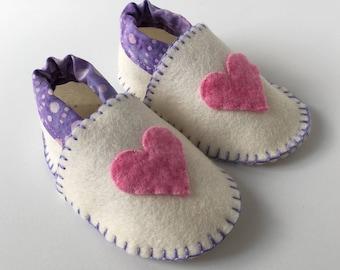 Wool Felt Baby Shoes -- hearts