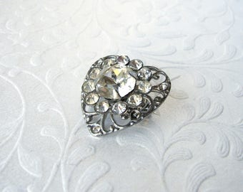 Little Heart Filigree Rhinestone Brooch Vintage Costume Jewelry Gown Dress Hat Lapel Coat Pin Wedding Bridal Formal Pageant Ballroom Prom