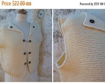 ON SALE Vintage 1970/70s Tyrol trachten Folk cream hand  knitted vest cardigan dirndl size S/M