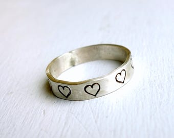 Sterling Silver Heart Band - Love is All Around