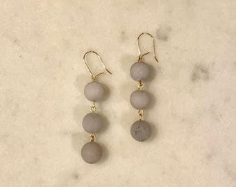 Gray agate earrings