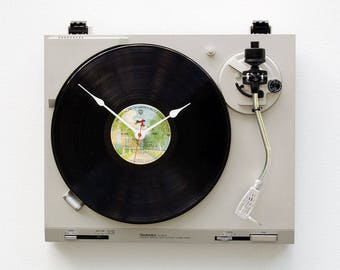music lover clock, record album clock, Record player clock, America record, upcycled large wall clock, Recycled Technics Turntable Clock
