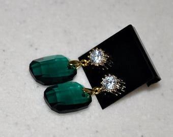 Green Earrings, Emerald Green, Graphic Swarovski Crystal, Post Earrings, Wedding Earrings, Dangle Earrings, Gold Earrings