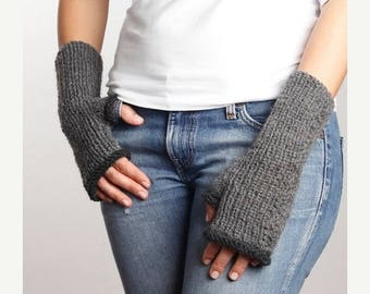 20% WINTER SALE Gray - Dark Gray Knitting Fingerless Gloves