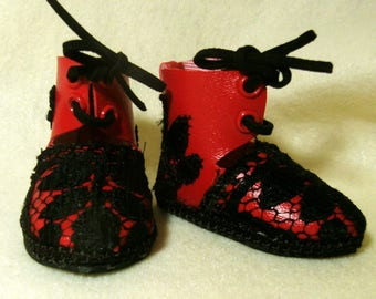 """Red and black half-boots for 18"""" doll"""