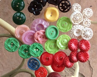 Colored House Dress Buttons from the 40's and 50,s