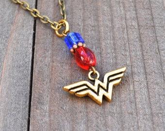 Wonder Woman Necklace Superhero Style Gold Comic Charm Blue & Red Glass Bead Justice League Fans Megacon Comic Book Lover Pendant