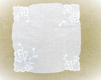 "Vintage Handkerchief Hand Embroidered Floral Applique 16"" inch  White Wedding Hankie Bridal Party Shower Hanky Gift for Her"