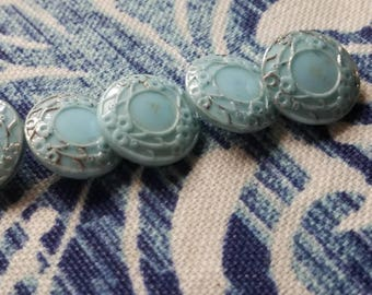 Vintage Buttons 5 dainty powder blue small matching glass (.july 390 17)