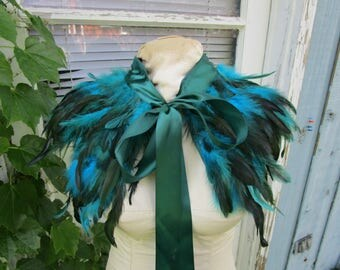 Peacock Teal Feather Capelet Collar// Blue Green// Evening Wear// emmevielle