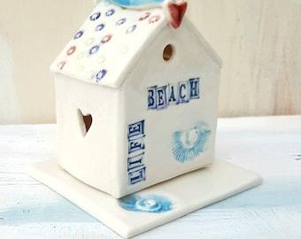 Decorative Beach Hut Ornament and T Light Holder