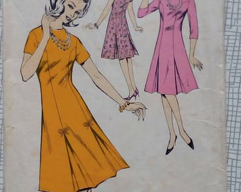 "1960s Dress - 32"" Bust - Le-Roy 665 - Vintage Sewing Pattern"