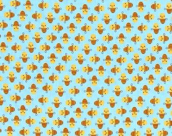 Nine (9) Yards - Suzy Mini's Bee Fabric by Robert Kaufman Fabrics ASD-16325-63 Sky Blue