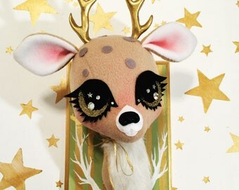 Golden Eyed Forest Stag Faux Taxidermy (moss)