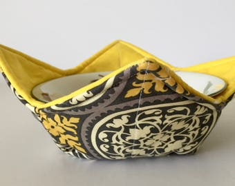 Microwave bowl Cozy - microwave grabber - microwave bowl holder  - yellow and gray print, kitchen accessory