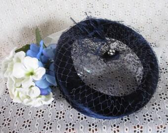 Vintage Women's Open Pillbox Mini Hat Navy Blue Velvet Nylon Netting Feather & Rhinestone Accent Chic Formal Evening Theater Costume Display