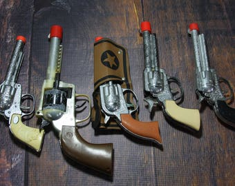 Vintage TOY GUN Collection- Play Cowboy Gun Lot- Pistol Gun- Plastic Gun Made in China- Wild West Theme- Toy Collectible- E26