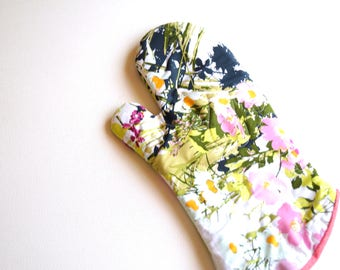Wildflower Quilted Fabric Oven Mitt, Colorful Floral Oven Mitt