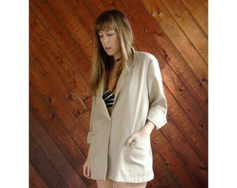 20% off SUMMER SALE. . . Oversized Woven Beige Blazer Jacket - Vintage 80s, early 90s - MEDIUM