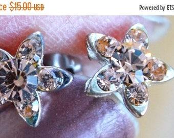 On sale Cute Vintage Soft Pink Rhinestone Floral Stud Pierced Earrings, Silver tone (J16)