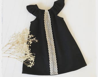 Girls black linen dress Black summer dress Romantic black dress Black Boho dress with beige lace Flower girl dress Vintage linen black dress