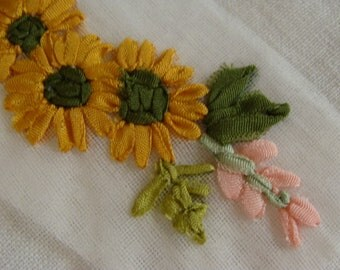 Beautiful Vintage Ribbon Embroidery Appliqué unused condition