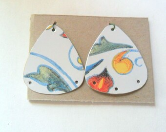 Reclaimed Jewelry Tin Earring Findings Pair