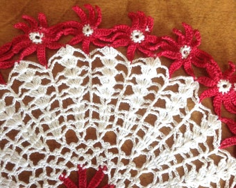 Vintage Lace Crochet Poinsettia Doily, Red Flower Doily, Red Daisy Doily, Lacy Crochet