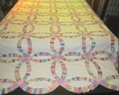 Vintage 1930s/40s Colorful Handsewn Wedding Ring 85x99 Cotton Feedsack Quilt Top