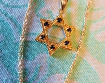 Star of David Pendant Chain Necklace 14K Yellow Gold Blue Sapphire Gemstone Diamond Estate Fine Jewelry September Birthstone