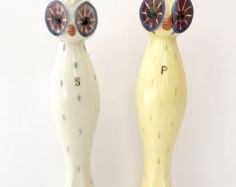 Vintage Owls Salt Pepper Shakers Tall Size Big Eyes Napco Japan