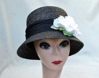 1980's Black Cloche Hat With White Flowers / Vintage Downton Abbey Bell Shaped Cloche Hat / Vintage Black Cloche Hat