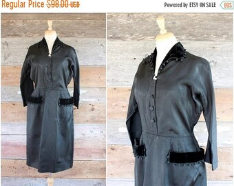 SALE 1950s dress | 50s black dress | formal shirtwaist dress with pockets | size l