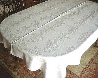 DAMASK Tablecloth Vintage Bone WHITE Blended Cloth Slick Mums and Stripes