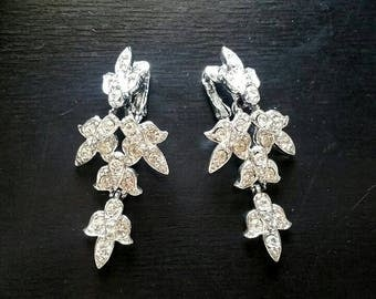 Vintage Rhinestone Earrings, Clear Crystal Rhinestones, Clip On Earrings, Bridal Jewelry,  Leaf Earrings, Wedding Earrings, Sarah Coventry