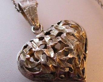 "SHIPS 6/26 w/FREE Jewelry Puffy Heart Sterling Silver Diamond Cut Pierced Openwork Pendant with 18"" Chain Vintage Jewelry Jewellery"